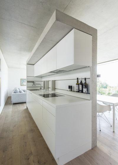 Moderno Cocina by Architekturbüro msm Schneck