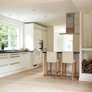 Cucina con parquet chiaro Brema - Foto e Idee per ...
