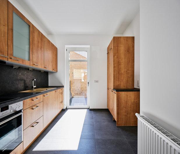 Contemporary Kitchen by Faerber Architekten