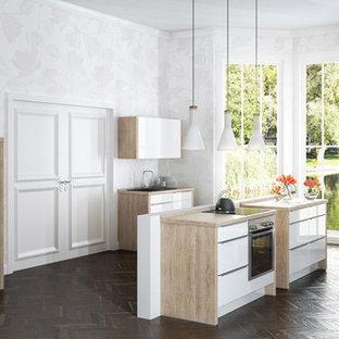 Ampia cucina Berlino - Foto e Idee per Ristrutturare e Arredare