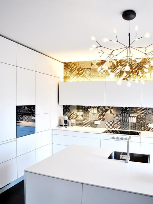 Bad kitchen design ideas renovations photos with white for Bad smell in kitchen cabinets