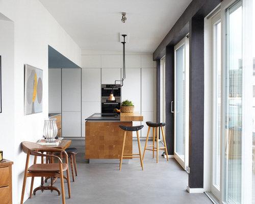 Moderne Küchen mit Vinylboden Ideen, Design & Bilder | Houzz