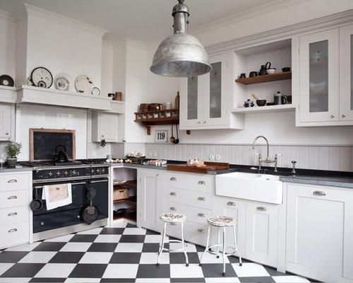 Geschlossene, Große Landhausstil Küche Ohne Insel In L Form Mit  Landhausspüle, Schrankfronten Im