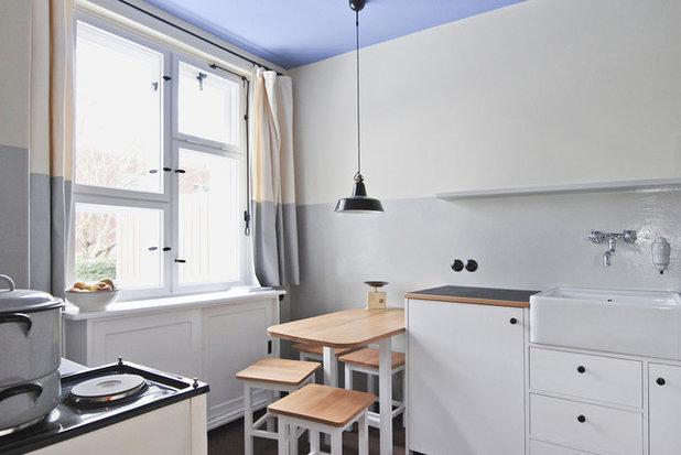 Minimalistisch Küche by Katrin Lesser