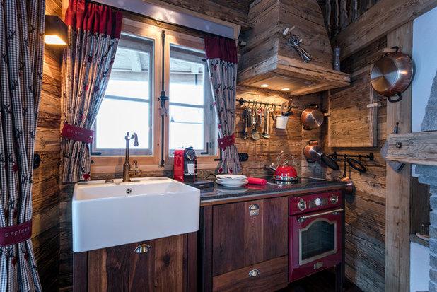 Rustikal Küche by STEINER Art & Design
