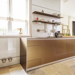Traumhafte Küche in Aluminium sandbeige