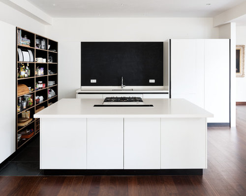 k chen mit schwarzer k chenr ckwand ideen bilder houzz. Black Bedroom Furniture Sets. Home Design Ideas