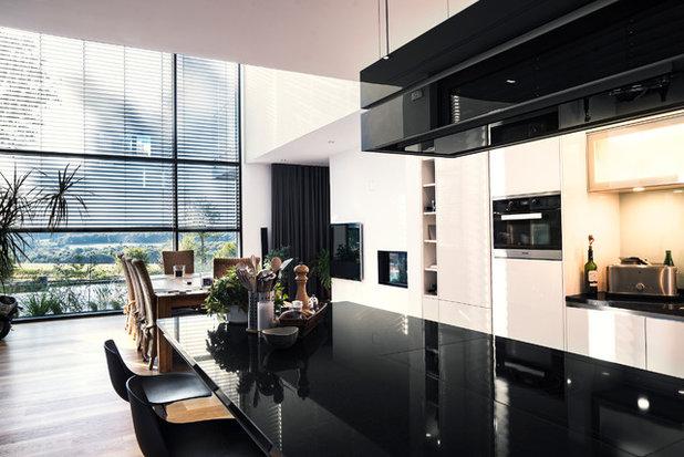 Modern Küche by S3P-Engineering