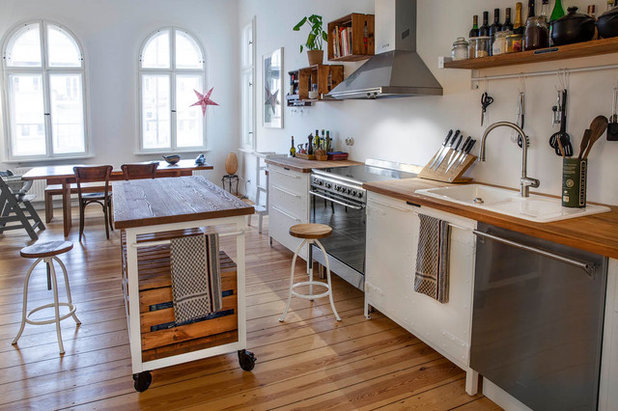 Modern Küche by Noodles Authentic Furniture GmbH