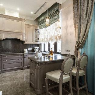 Новый формат декора квартиры: кухня-гостиная в классическом стиле с полуостровом