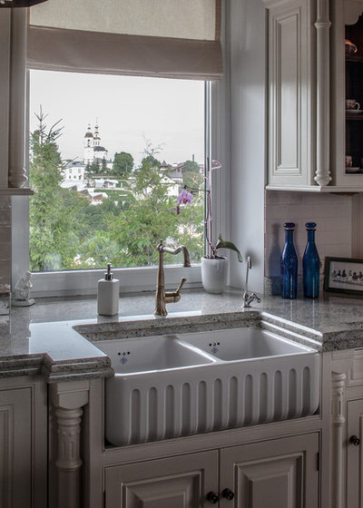 Классический Кухня by Rosbri Decor Studio