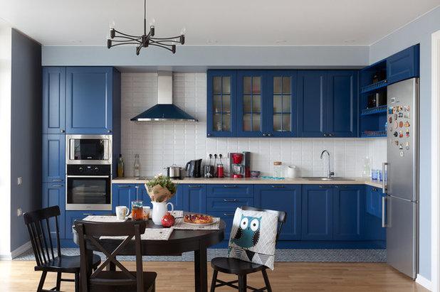 Современный Кухня by Lares Design