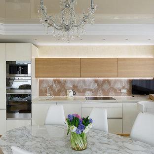 Свежая идея для дизайна: кухня в стиле фьюжн - отличное фото интерьера