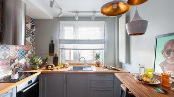 Кухня с яркой плиткой пэчворк