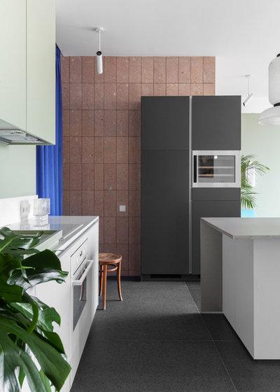 Современный Кухня by DVEKATI