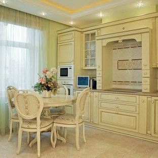 Квартира в Москве в Шмитовском пр. в классическом стиле. Для семьи из 3-х челов.