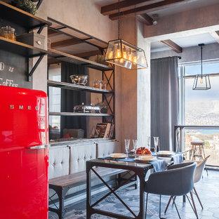 На фото: кухни в стиле лофт с обеденным столом