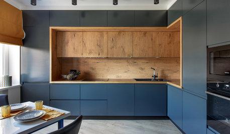 Просто фото: 18 идей для верхних шкафов на углу кухни