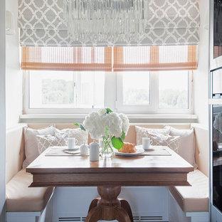 Выдающиеся фото от архитекторов и дизайнеров интерьера: кухня в стиле современная классика