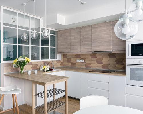 Küchen mit Küchenrückwand in Braun und Laminat Ideen, Design ...