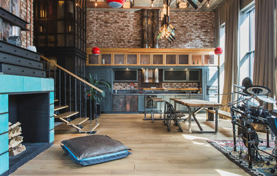 Houzz Tour: Family Rallies Around an Industrial-Chic Moscow Pad