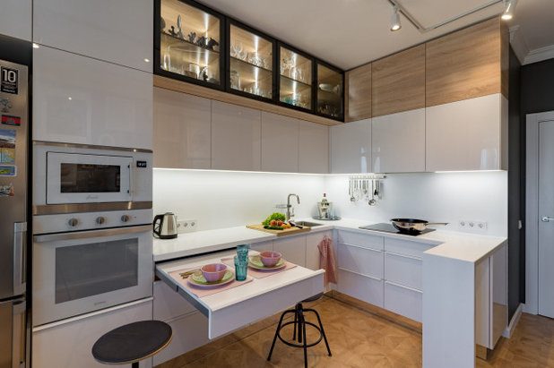 Современный Кухня by HOMES STUDIO