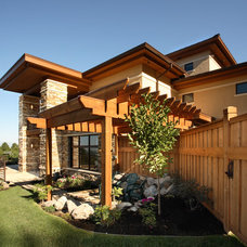 Contemporary Landscape by Magleby Construction