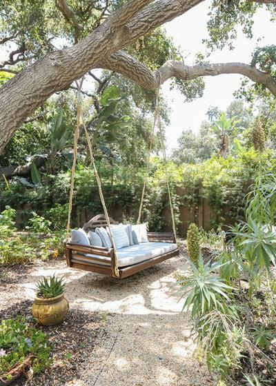 Mediterran Garten by Mur-Sol Builders Inc
