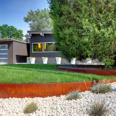 Midcentury Landscape by Denver Image Photography