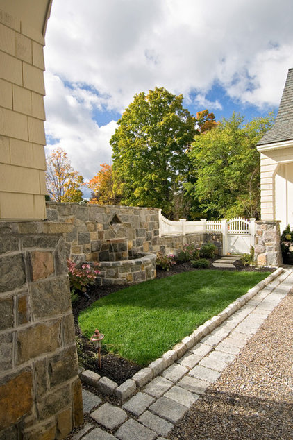 traditional landscape by Witt Construction
