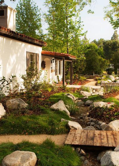 Garden by Theodore Payne Foundation