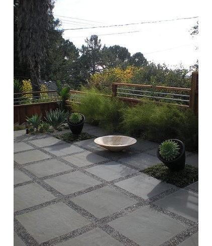 Modern Landscape by Daniel Nolan for Flora Grubb Gardens