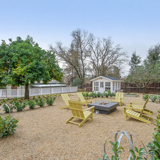 Inspiration for a farmhouse landscaping in San Francisco with a fire pit.