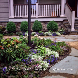Design ideas for a traditional landscaping in Newark.