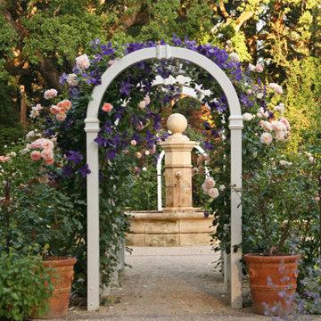 A country garden for a Willis Polk classic in Atherton