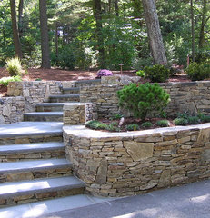 traditional landscape by Fleurdelis Landscape Design
