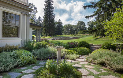 Houzz Tour: Connecticut Farm Restored for Generations to Come