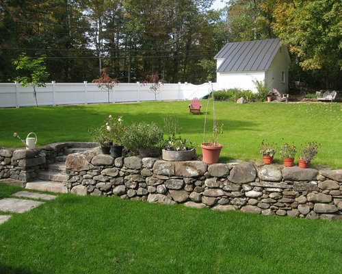 Retaining wall and steps houzz for Traditional landscape
