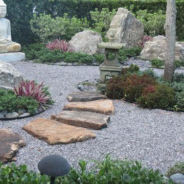 Aisian Inspired garden Sculpture