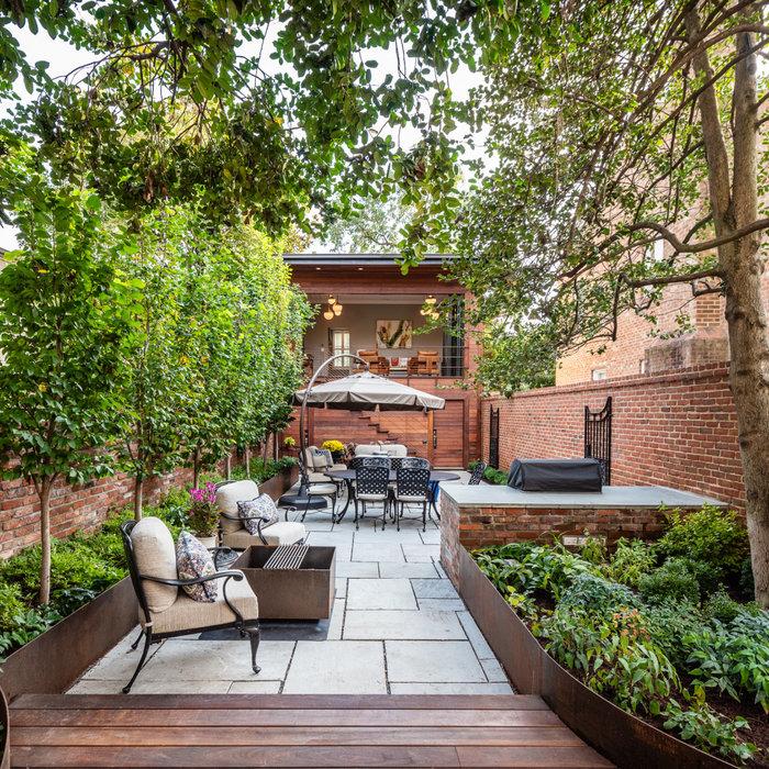 Alexandria Courtyard Garden