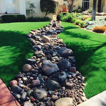Alpine Dry River/Synthetic Grass
