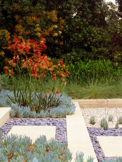 Rock Landscaping Underlayment : Landscaping ideas with colored gravel pictures to pin on