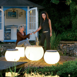 """Ambiance"" Planter Light by Epstein-Design - ""Ambiance"" Flora Planter Lamp, Round planters white and sandstone"