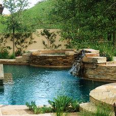 Eclectic Landscape by AMS Landscape Design Studios, Inc.