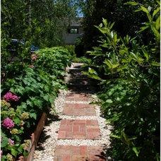 "Traditional Landscape Andrew Renn Design, ""Beautiful Gardens Of Melbourne Australia"""