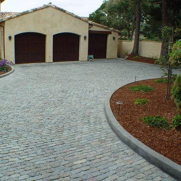 Antique Reclaimed Granite Cobblestone Driveway