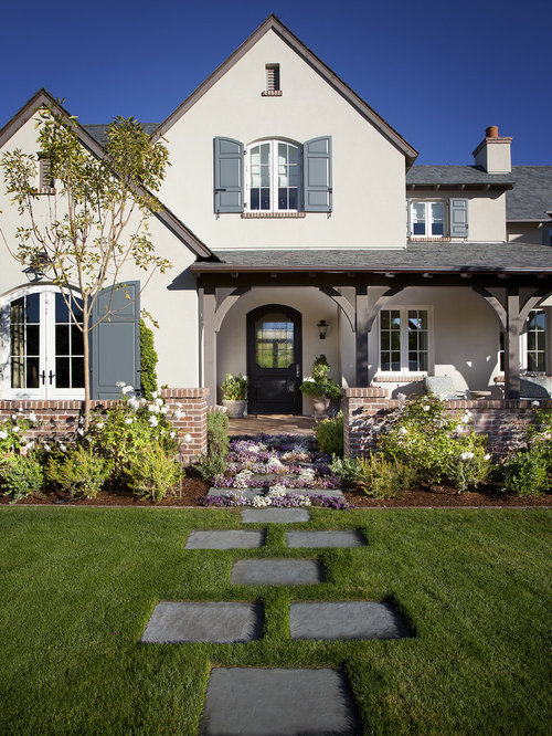 Brick and stucco home design ideas pictures remodel and decor for Exterior paint color ideas for stucco house