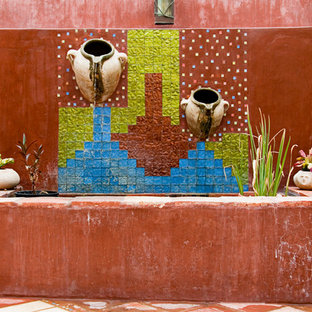 Design ideas for a southwestern water fountain landscape in Los Angeles.