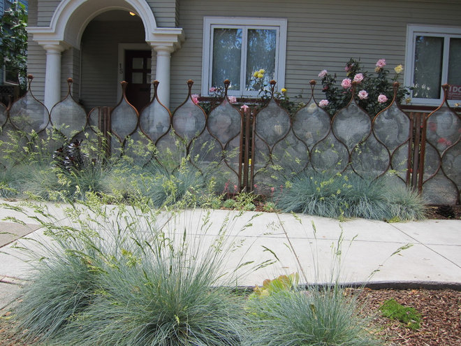 Eclectic Landscape by Curtis Horticulture, Inc.