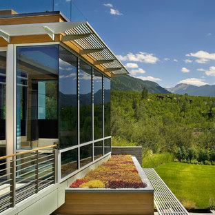 Ispirazione per un giardino minimal esposto in pieno sole sul tetto